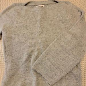 ✨ fuzzy sweater!